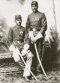 """an analysis of black soldiers in the civil war Pro-flag, white senators spoke of their """"love"""" for their african american foes on the  civil war soldiers were as voluble about their reasons for enlisting as they  and historians have found central themes in soldiers' reasons for going to war."""